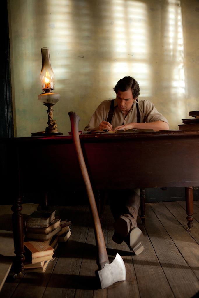 кадры из фильма Президент Линкольн: Охотник на вампиров Бенджамин Уокер,