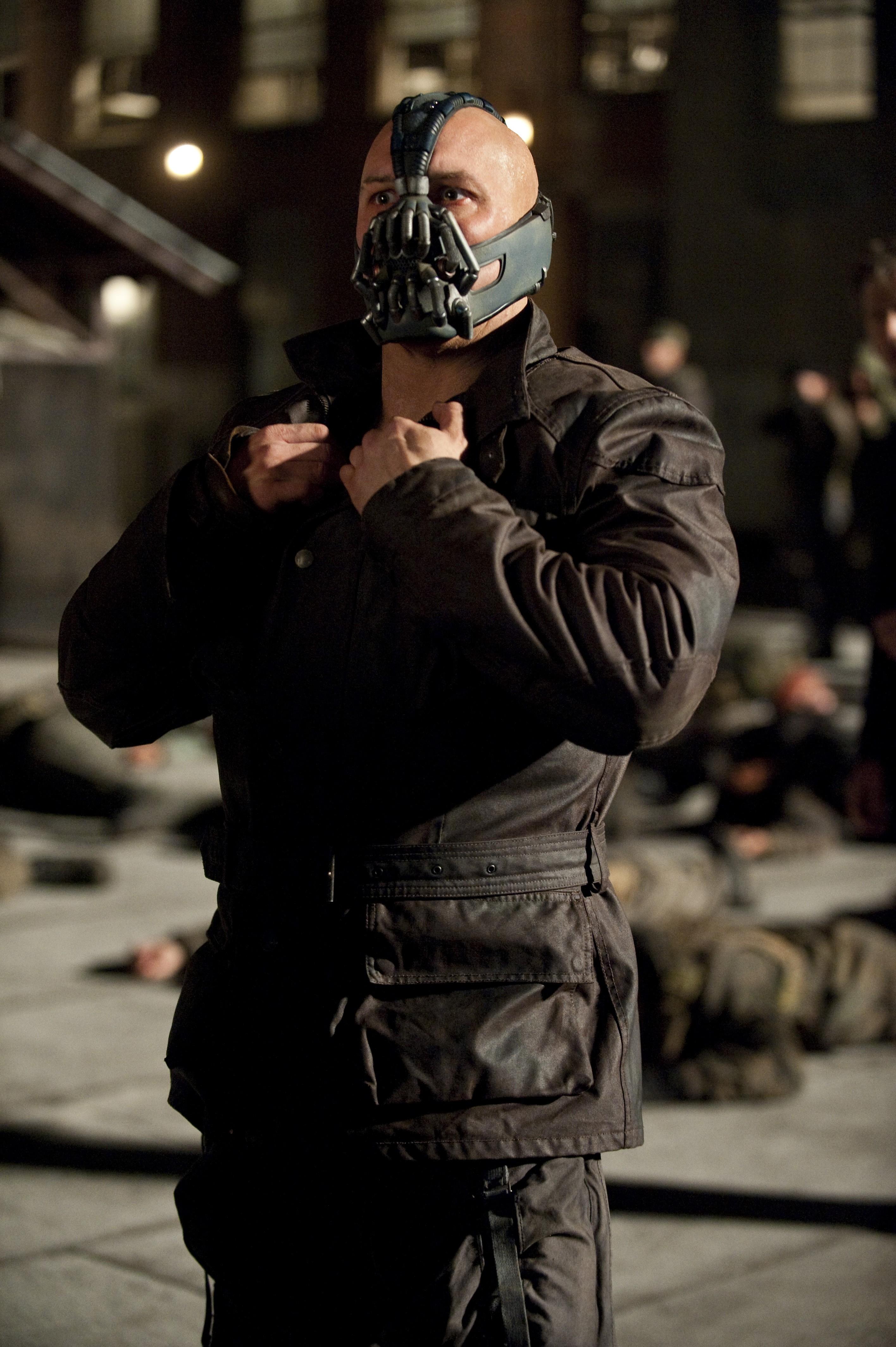 кадры из фильма Темный рыцарь: Возрождение легенды Том Харди,