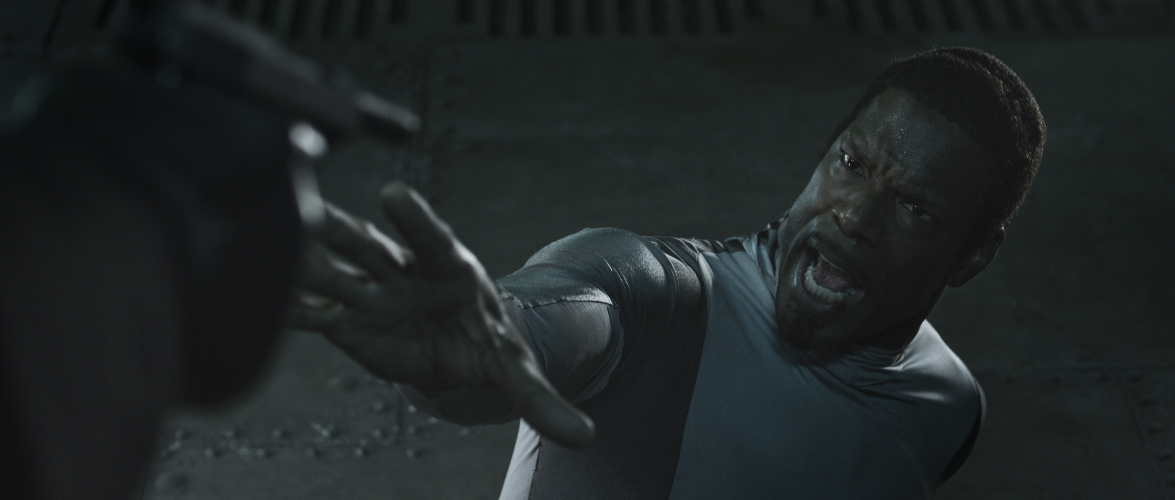 кадры из фильма Железное небо