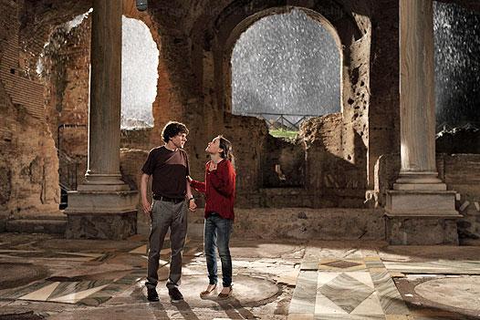 кадры из фильма Римские приключения Джесси Айзенберг, Эллен Пэйдж,
