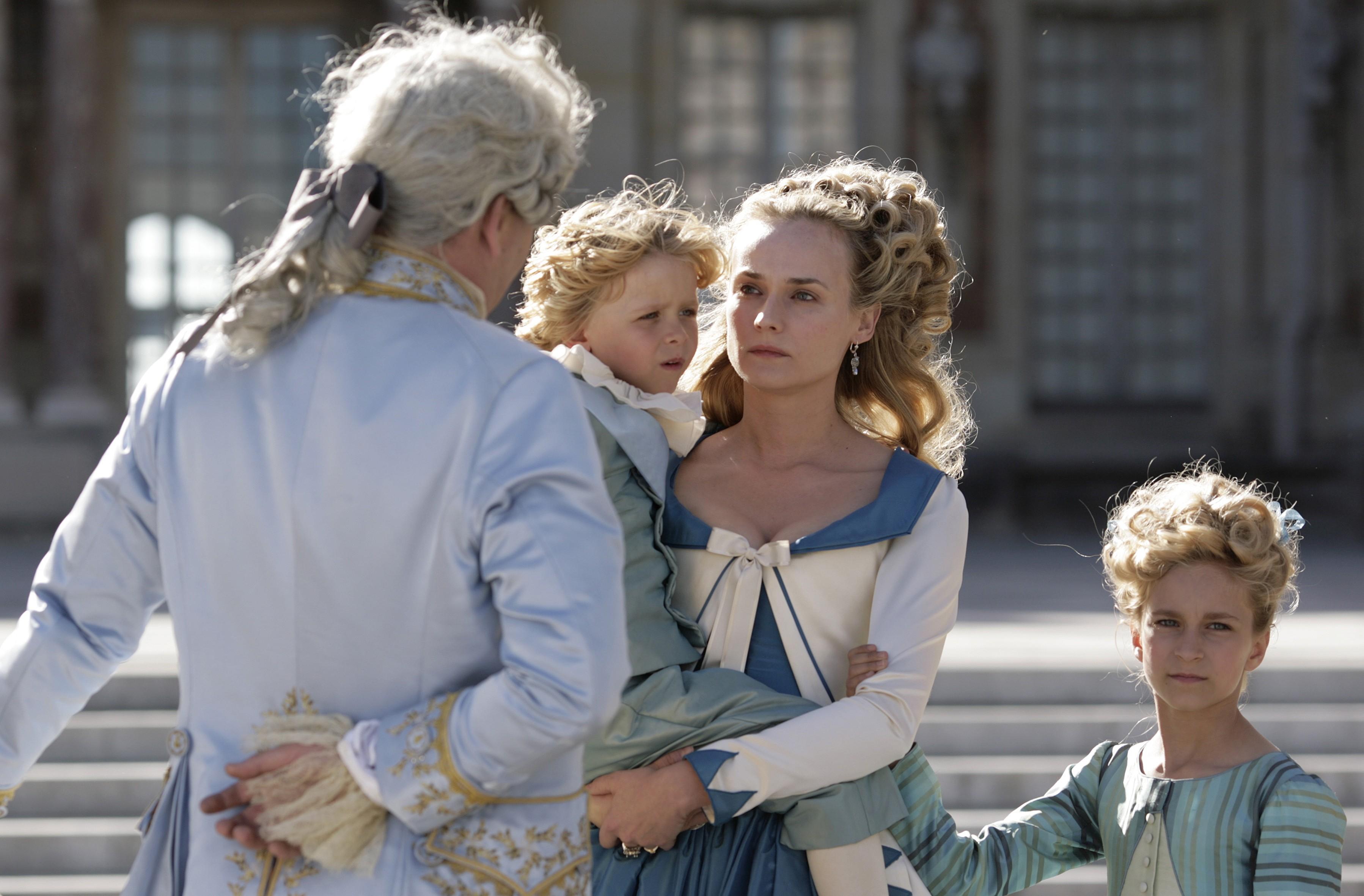 кадры из фильма Прощай, моя королева Диана Крюгер,