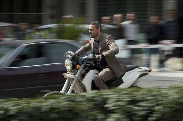 кадры из фильма 007 Координаты Скайфолл Ола Рапас,