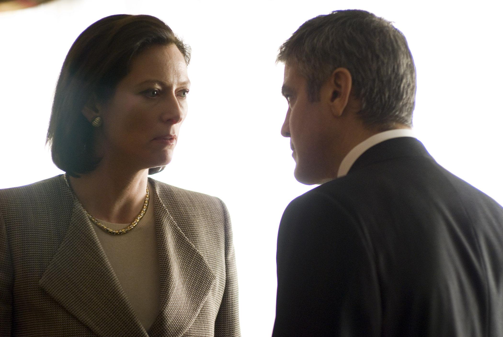 кадры из фильма Майкл Клейтон Джордж Клуни, Тильда Суинтон,