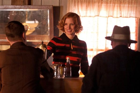 кадры из фильма Самый пьяный округ в мире Джессика Честейн,