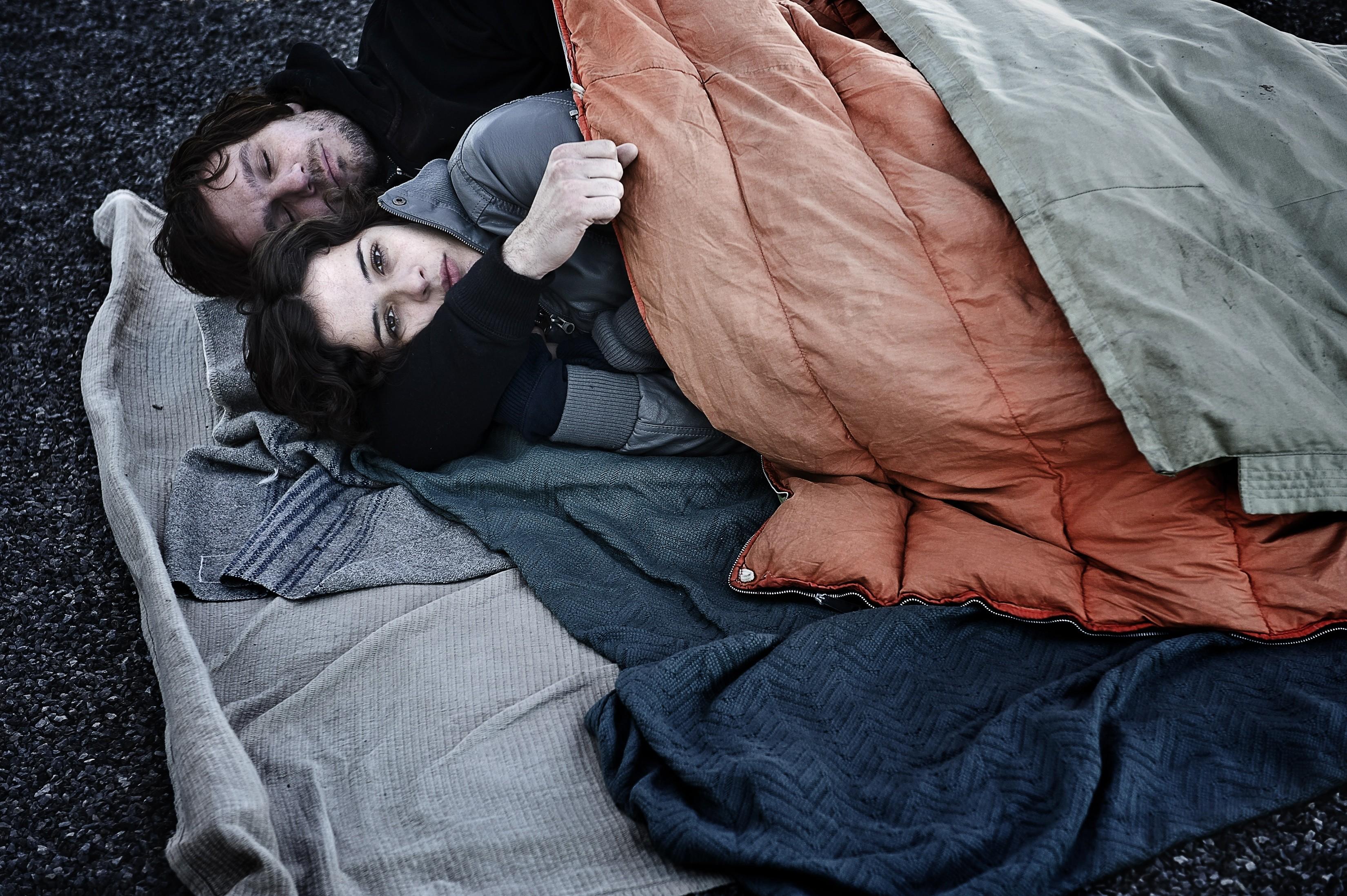 кадры из фильма Их первая ночь Димитри Сторож, Катерин де Леан,