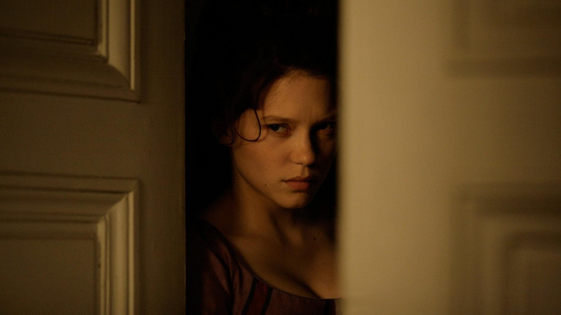 кадры из фильма Прощай, моя королева Лея Сейдо,