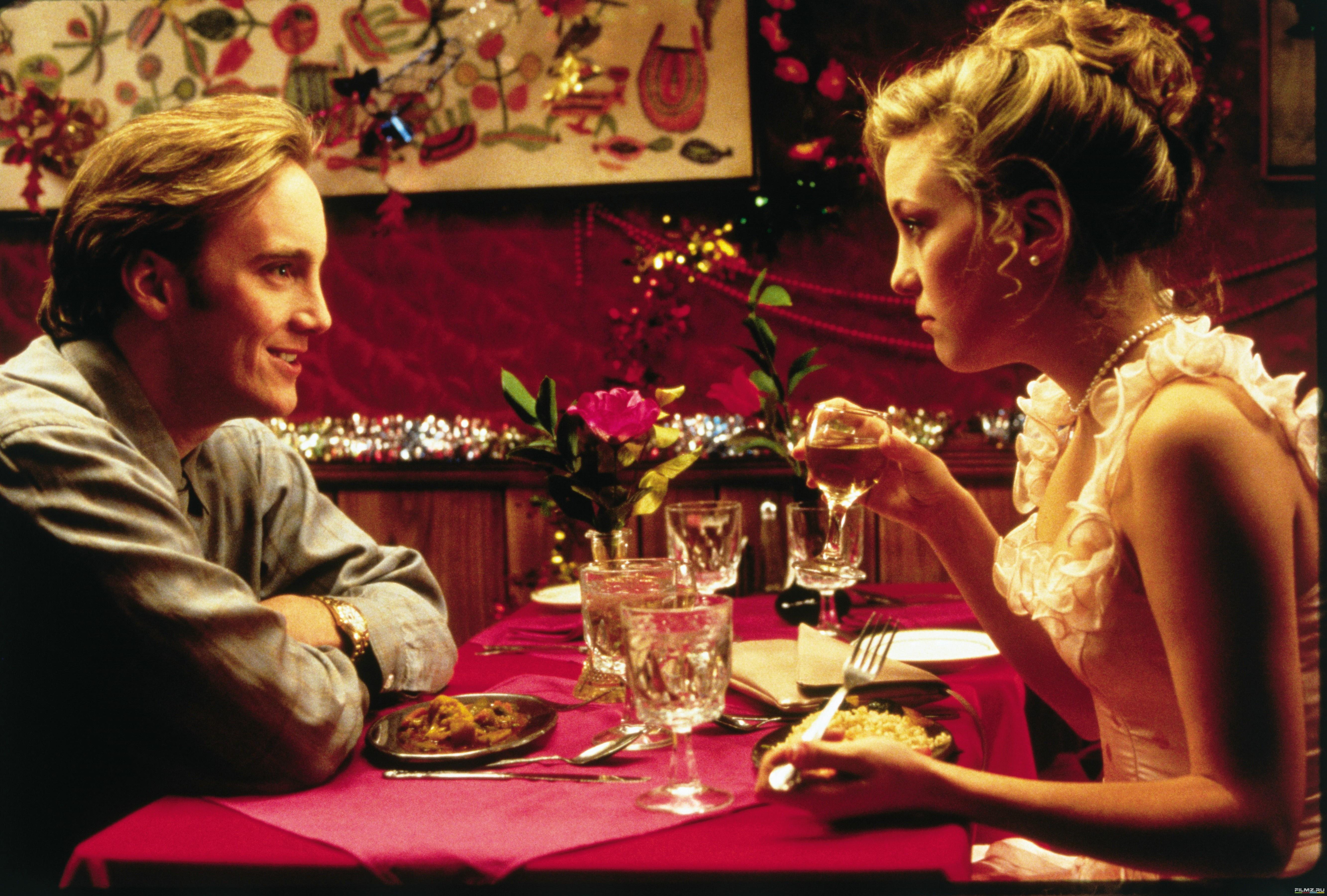 кадры из фильма 200 сигарет Джей Мор, Кейт Хадсон,