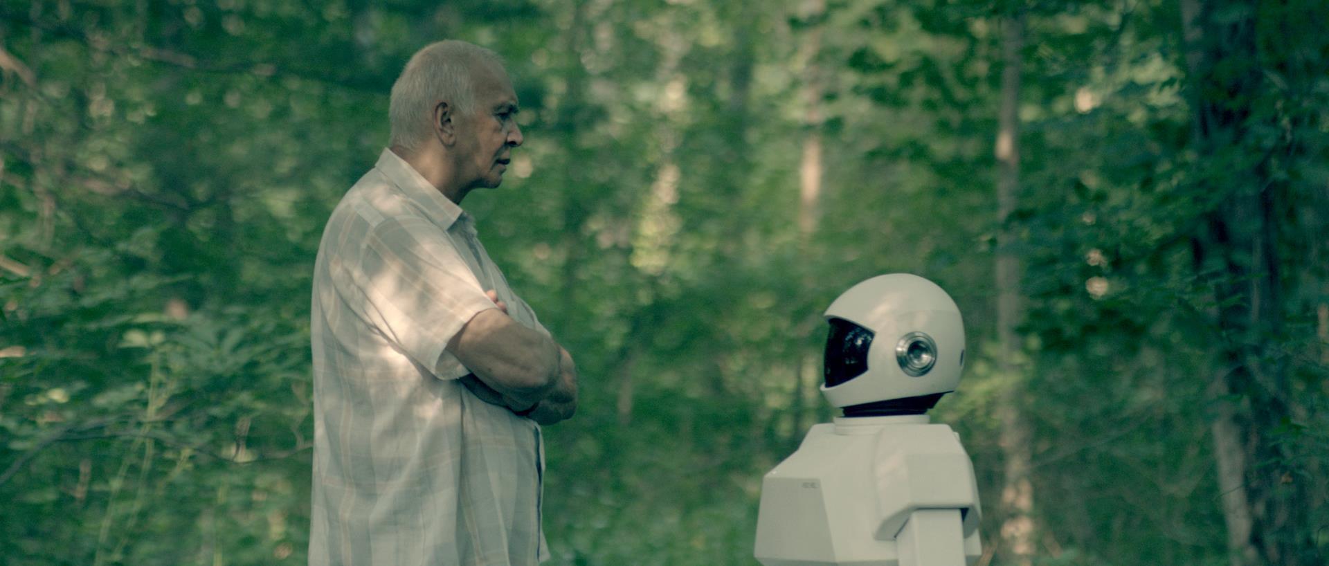 кадры из фильма Робот и Фрэнк Фрэнк Ланджелла, Питер Сарсгард,