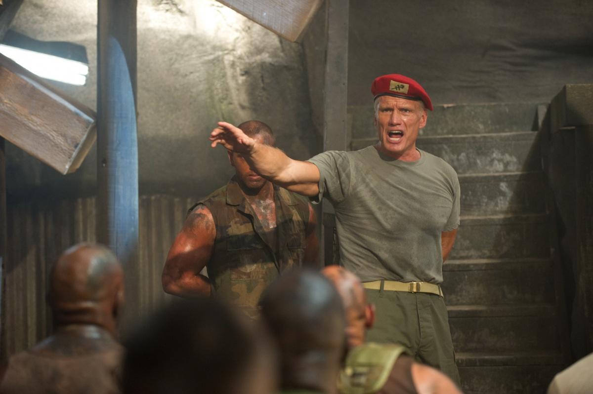 кадры из фильма Универсальный солдат 4 Дольф Лундгрен,
