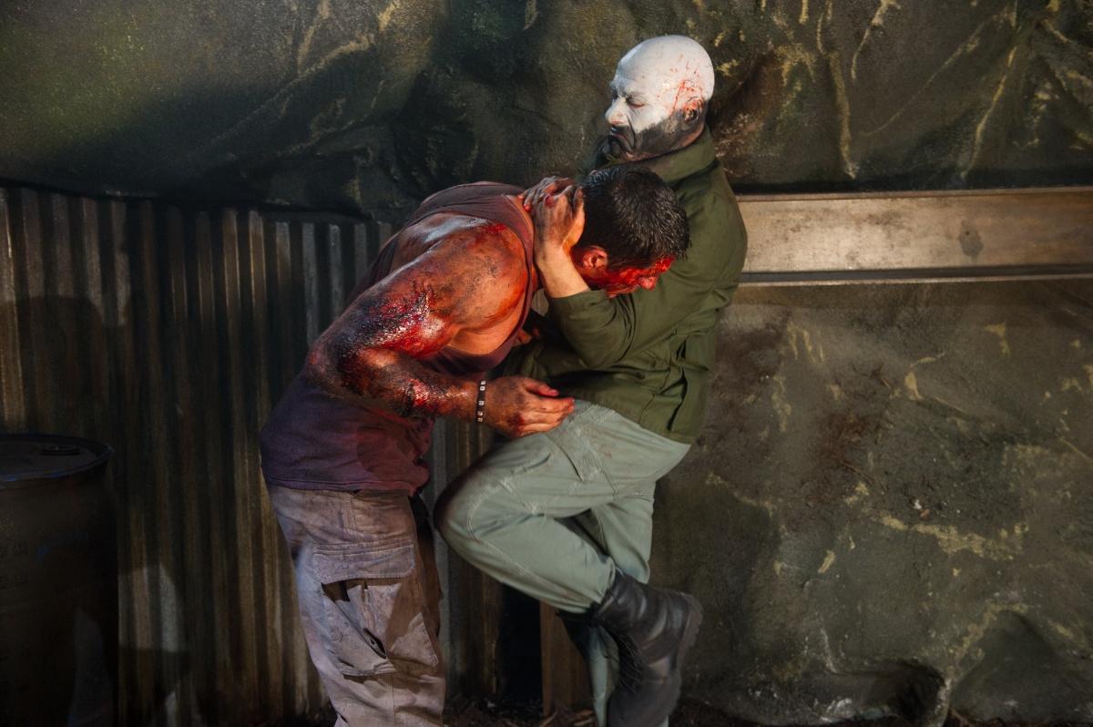 кадры из фильма Универсальный солдат 4 Скотт Эдкинс, Жан-Клод Ван Дамм,