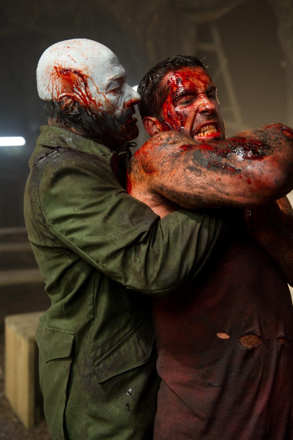кадры из фильма Универсальный солдат 4 Жан-Клод Ван Дамм, Скотт Эдкинс,