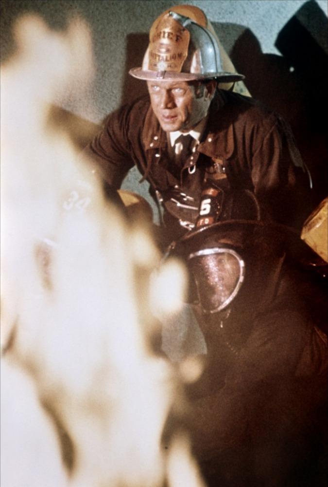 кадры из фильма Ад в поднебесье Стив МакКуин (I),