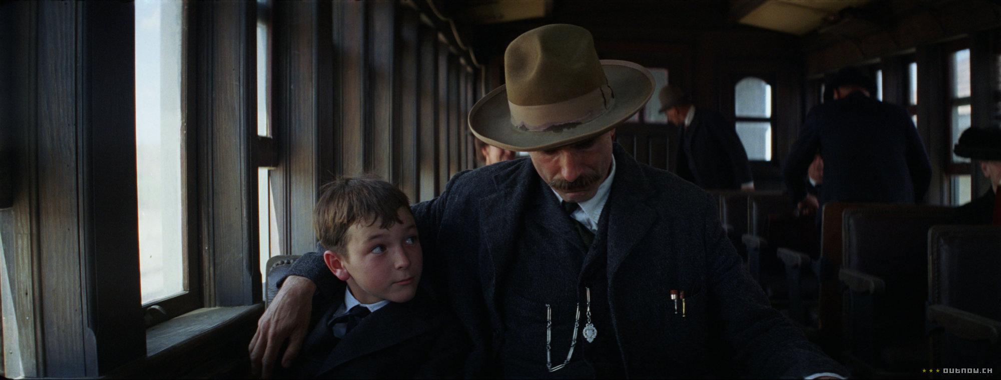 кадры из фильма Нефть