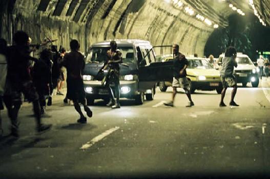 кадры из фильма Город Бога 2