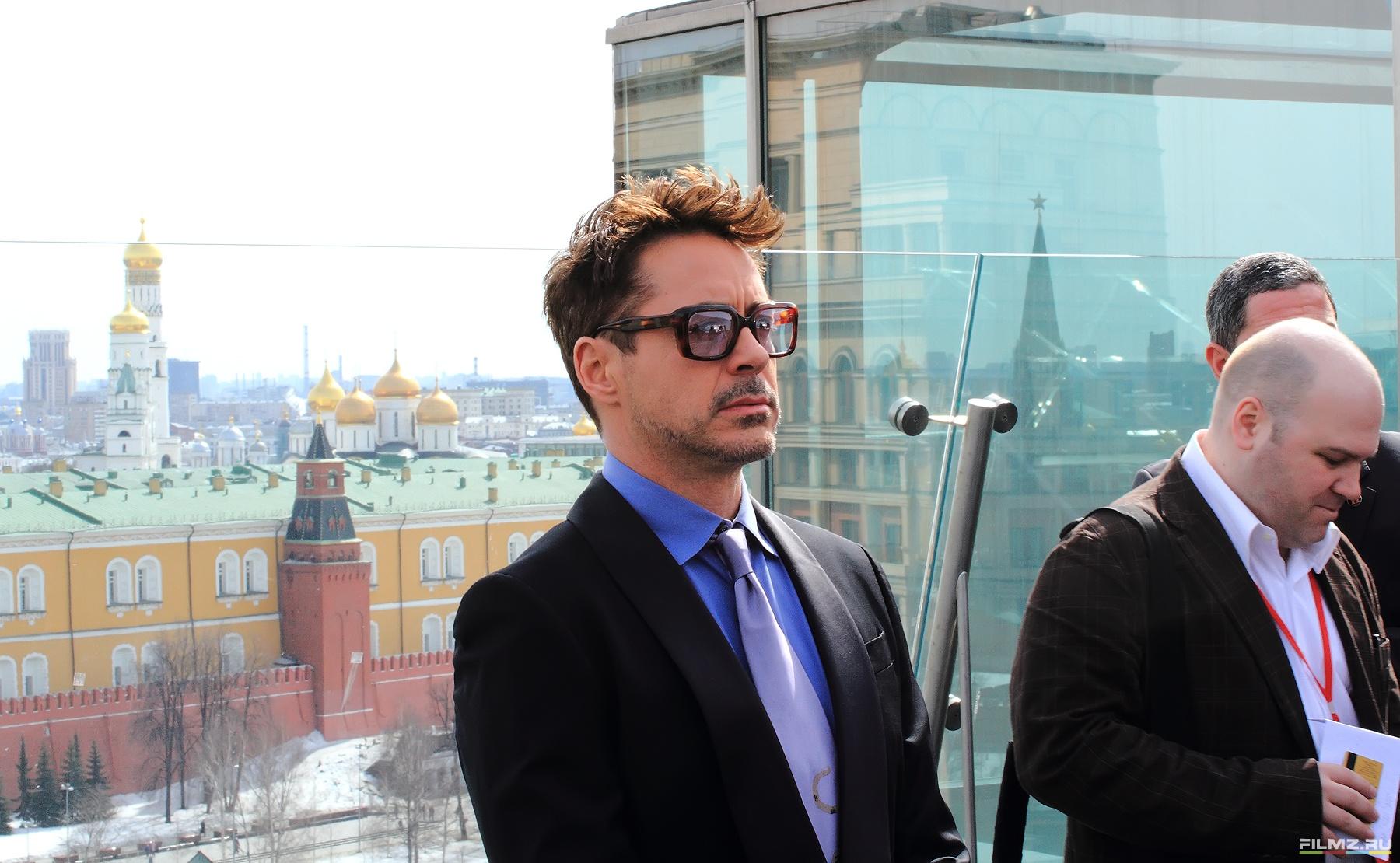 фотосессия Роберт Дауни-мл. и Бен Кингсли в Москве Роберт Дауни-мл.,