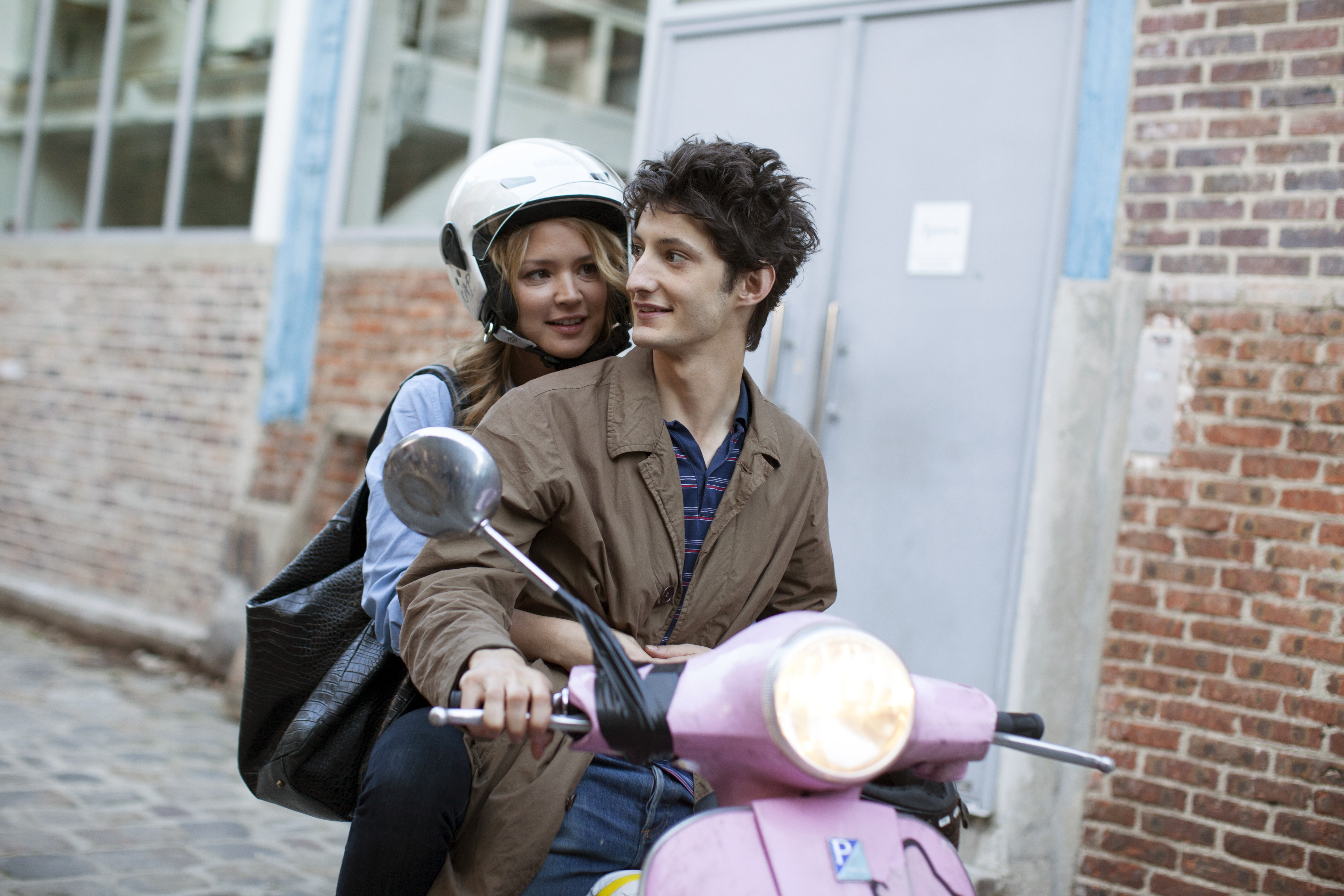 молодая толстая французские фильмы с русским переводом несколько минут