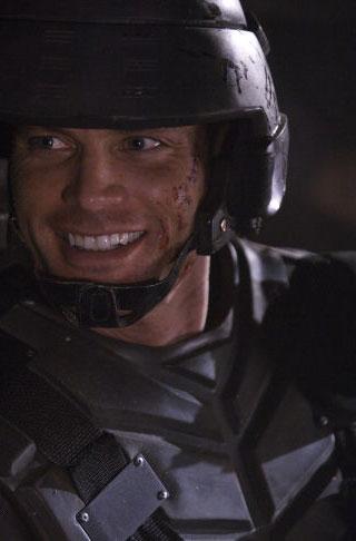 кадры из фильма Звездный десант 3: Мародер Каспер Ван Дин,