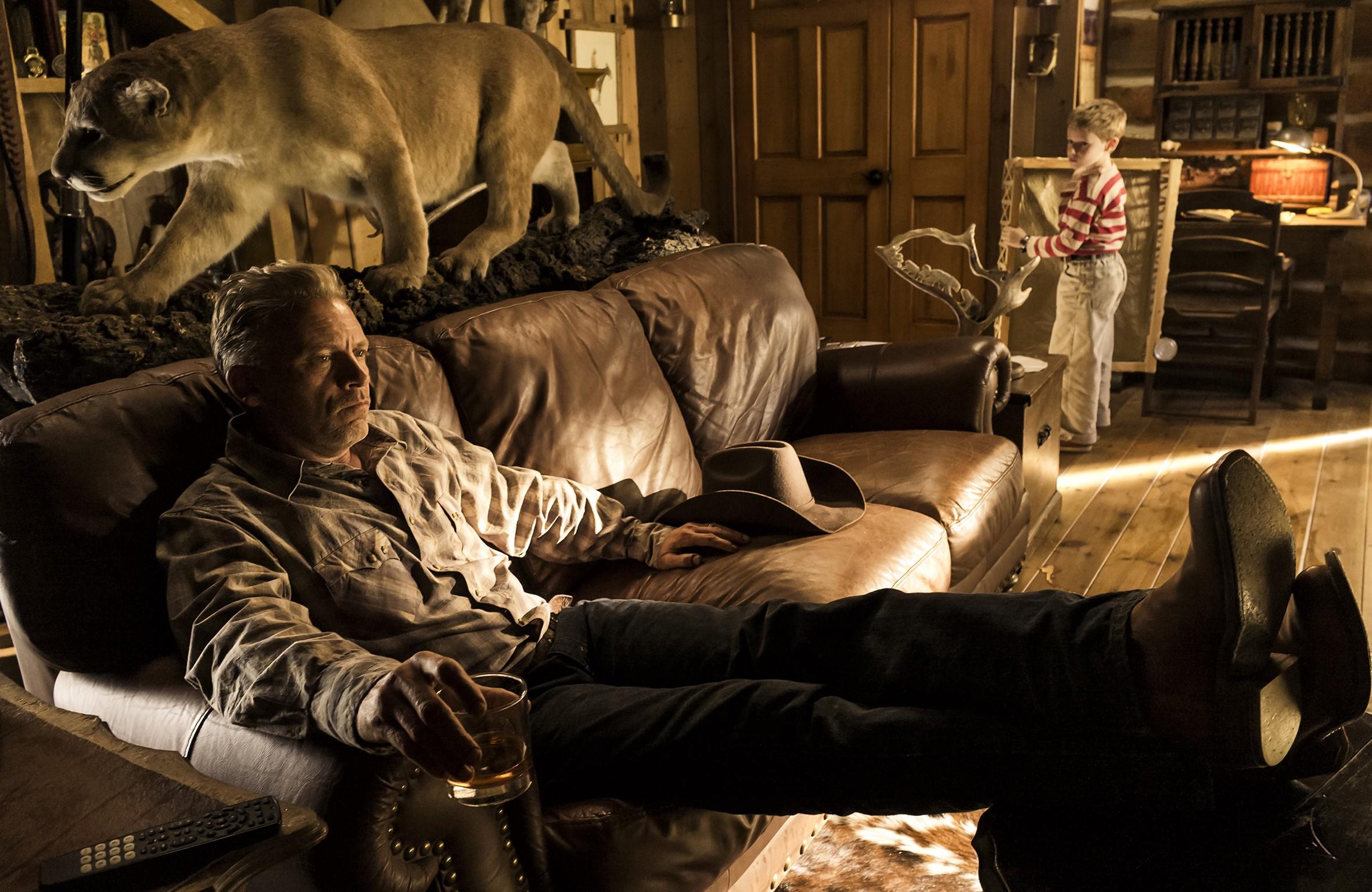 кадры из фильма Невероятное путешествие мистера Спивета Кэллам Кит Ренни, Кайл Кэтлетт,