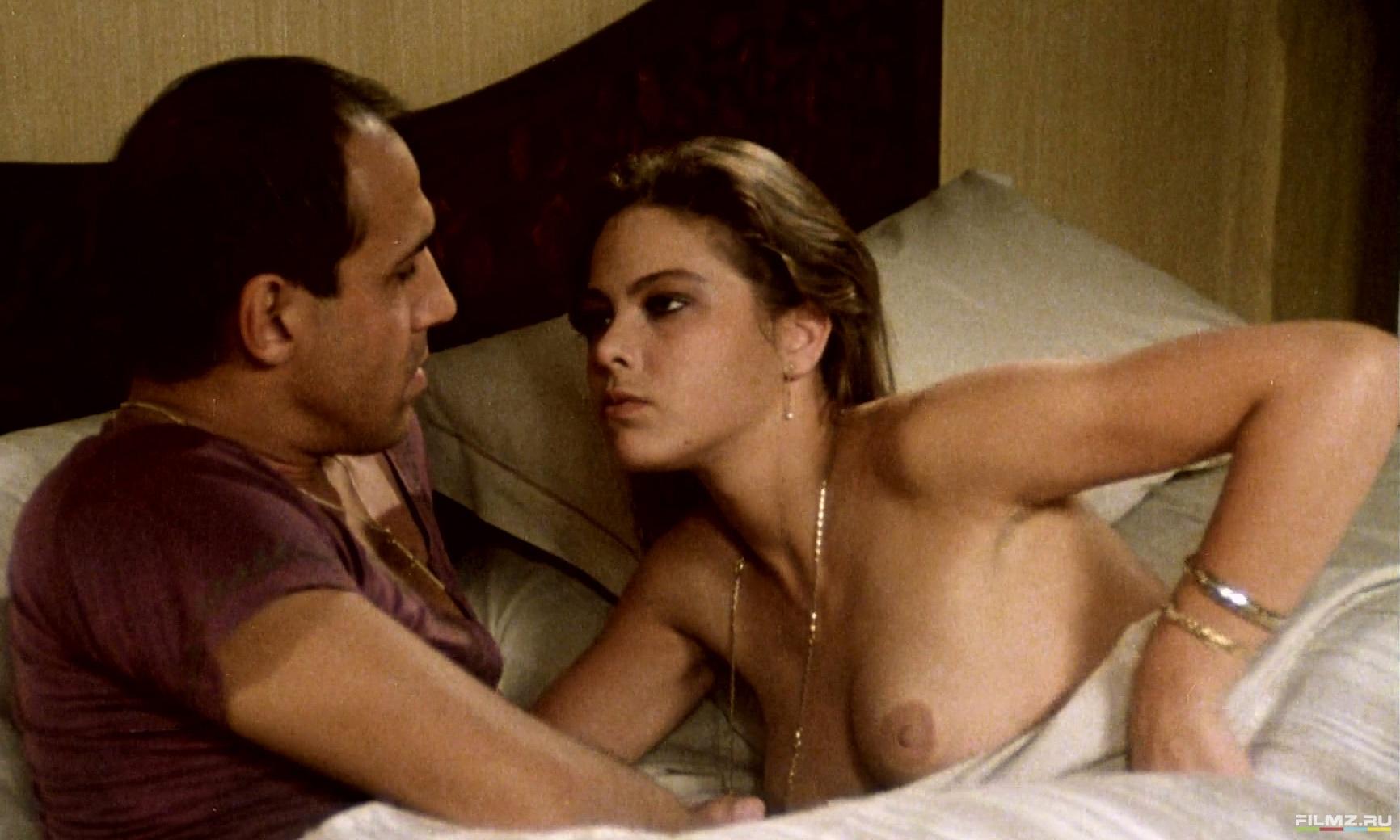 Смотреть онлайн в hd качестве эротические комедии 26 фотография