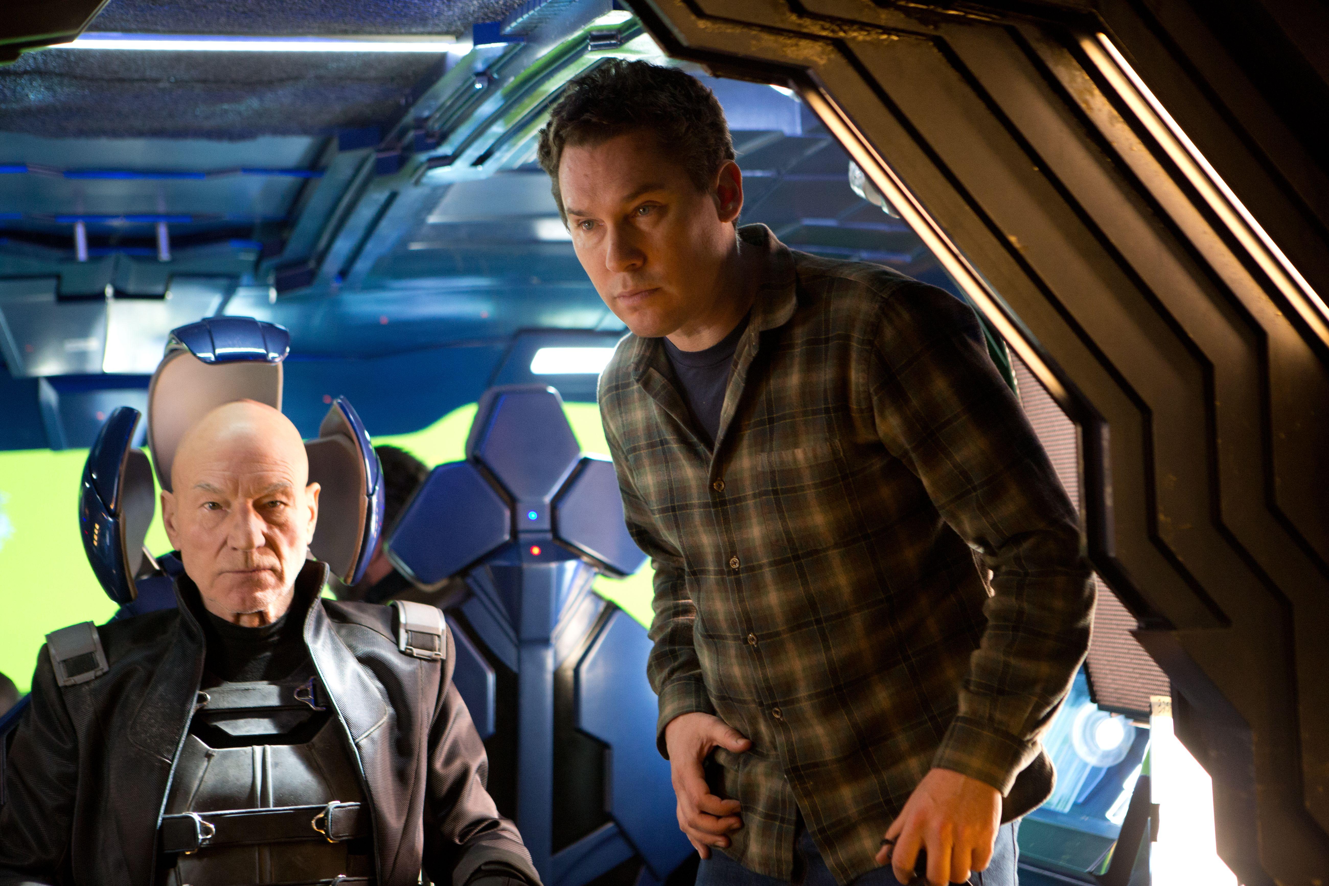 со съемок Люди Икс: Дни минувшего будущего Патрик Стюарт, Брайан Сингер,