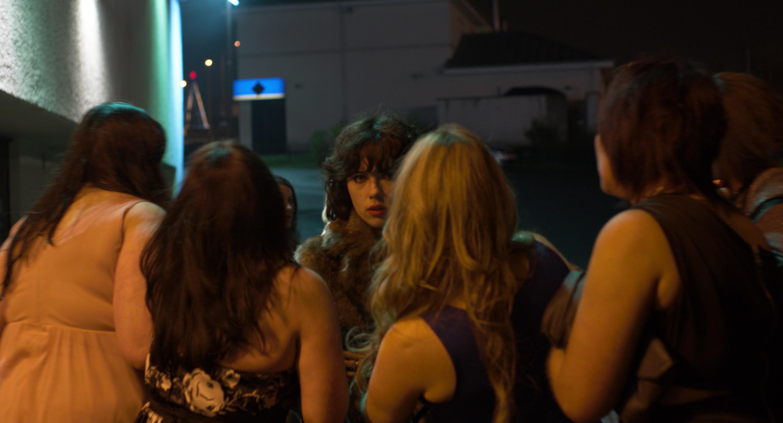 кадры из фильма Побудь в моей шкуре Скарлетт Йоханссон,