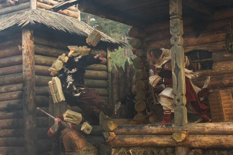 кадры из фильма Русичи