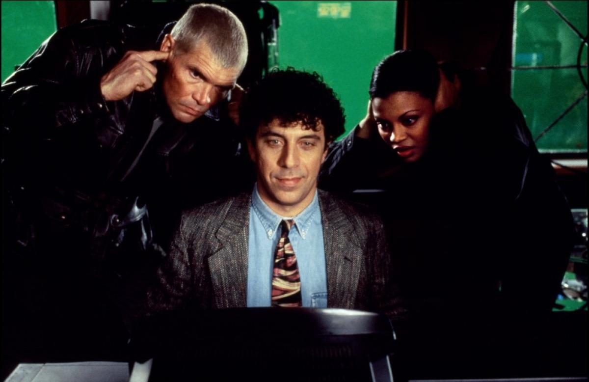 кадры из фильма В осаде 2: Темная территория Эрик Богосян, Эверетт МакГилл,