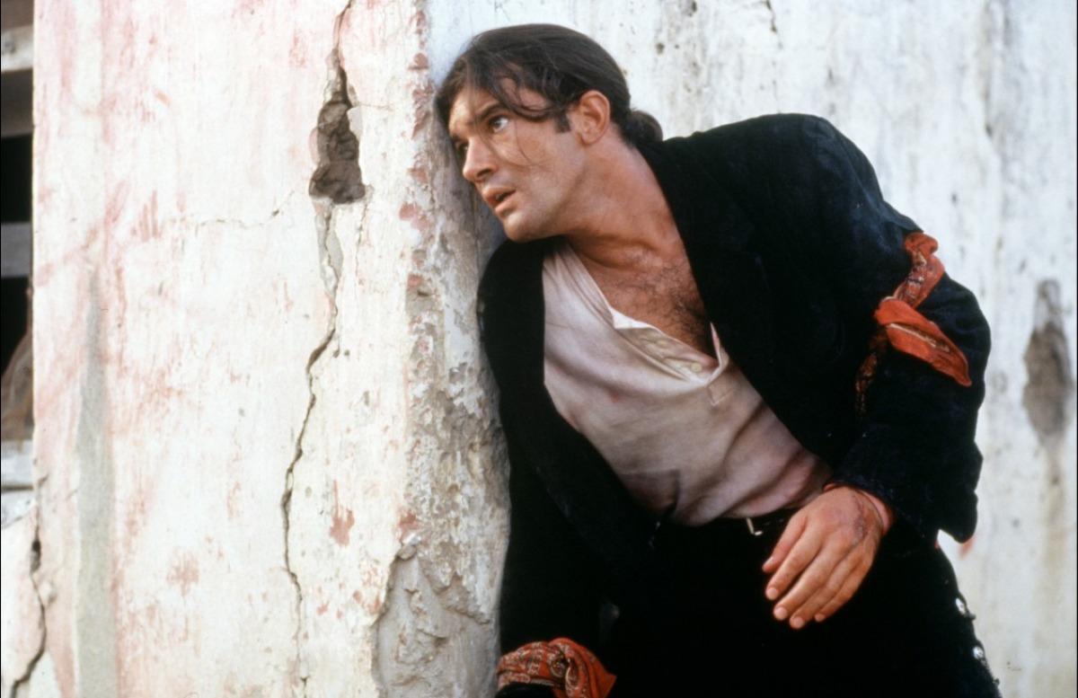 кадры из фильма Отчаянный Антонио Бандерас,