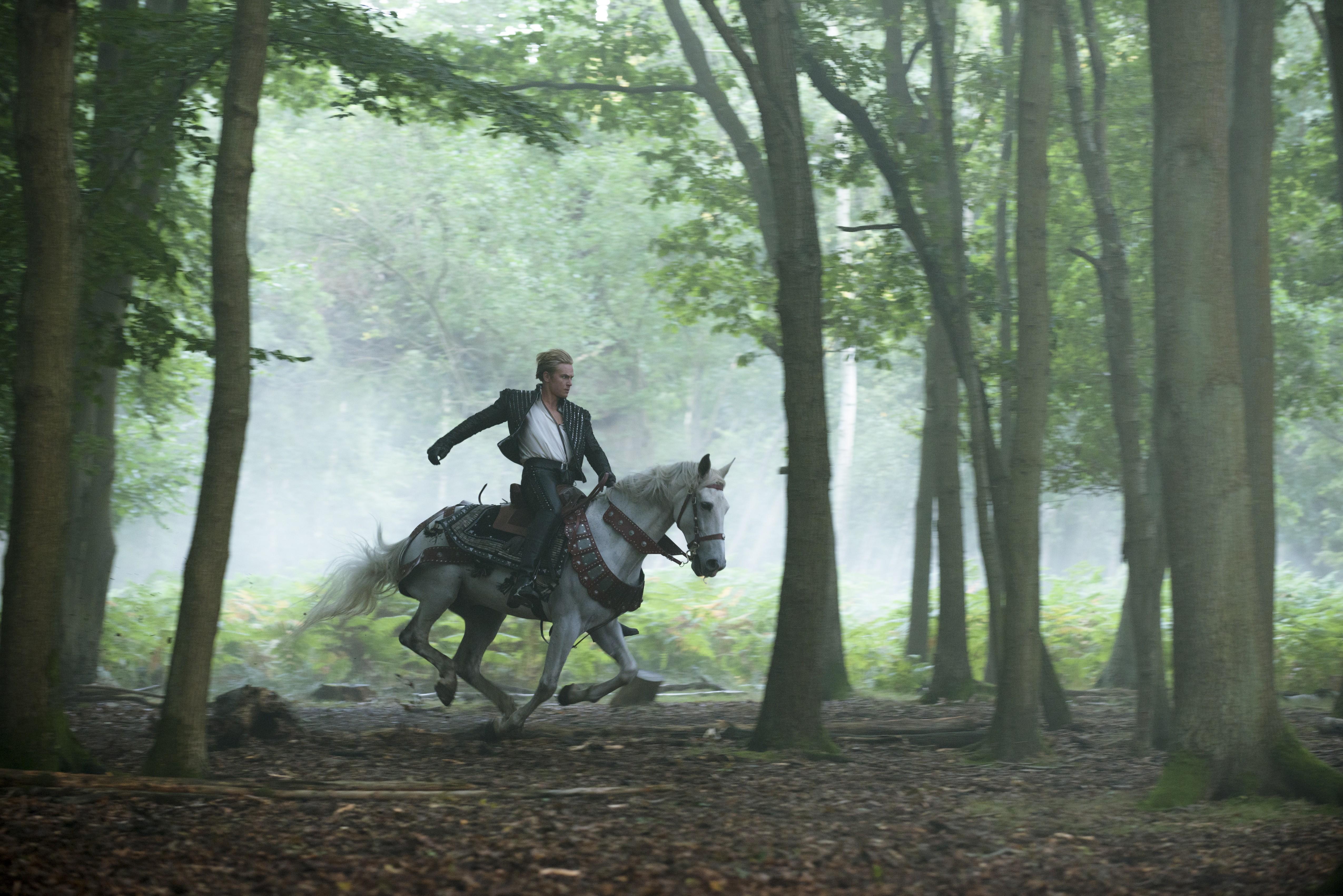 кадры из фильма Чем дальше в лес…