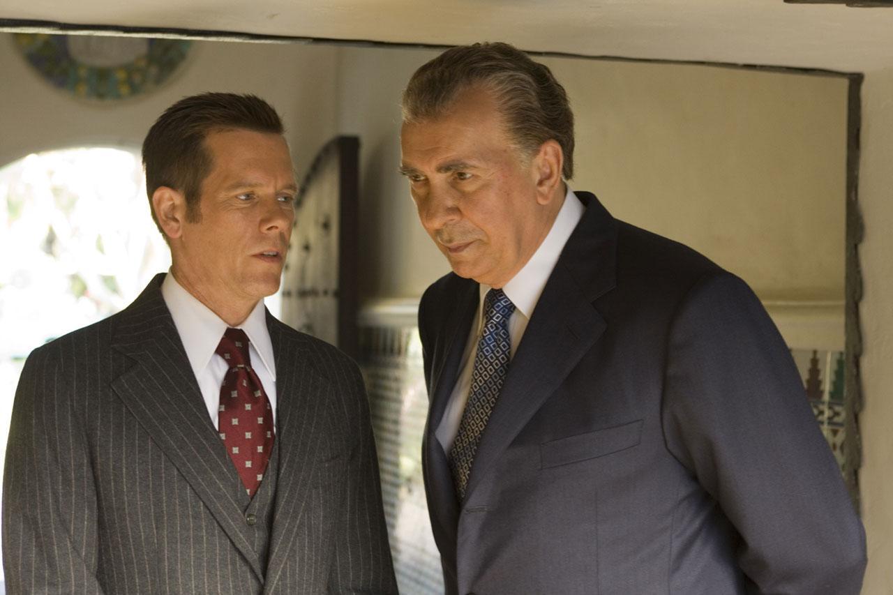 кадры из фильма Фрост против Никсона