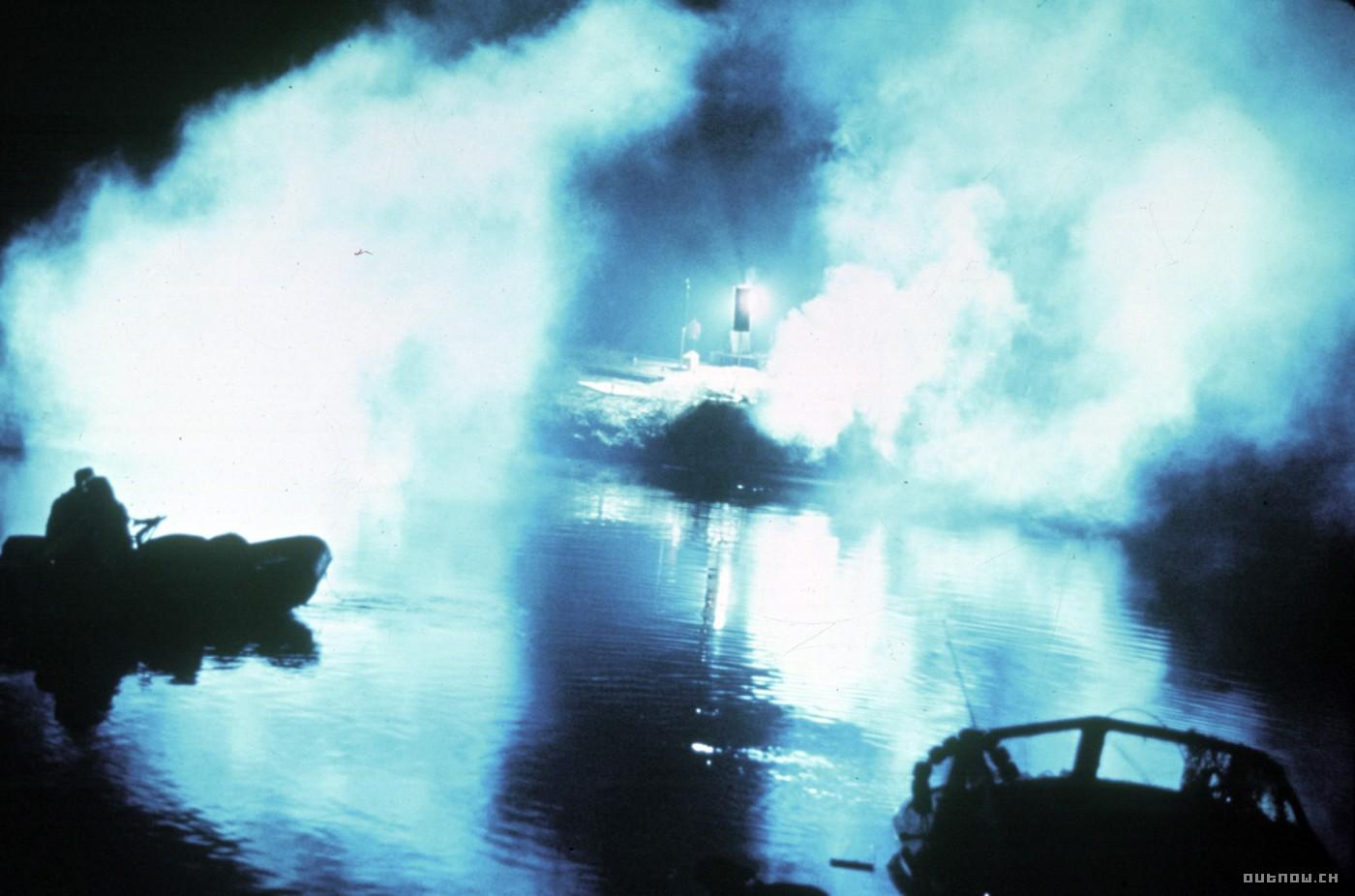 кадры из фильма Челюсти
