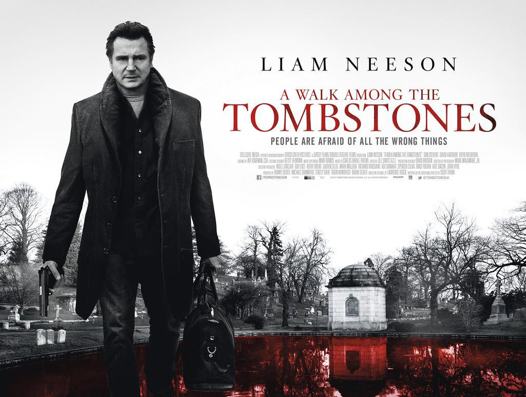 плакат фильма биллборды Прогулка среди могил