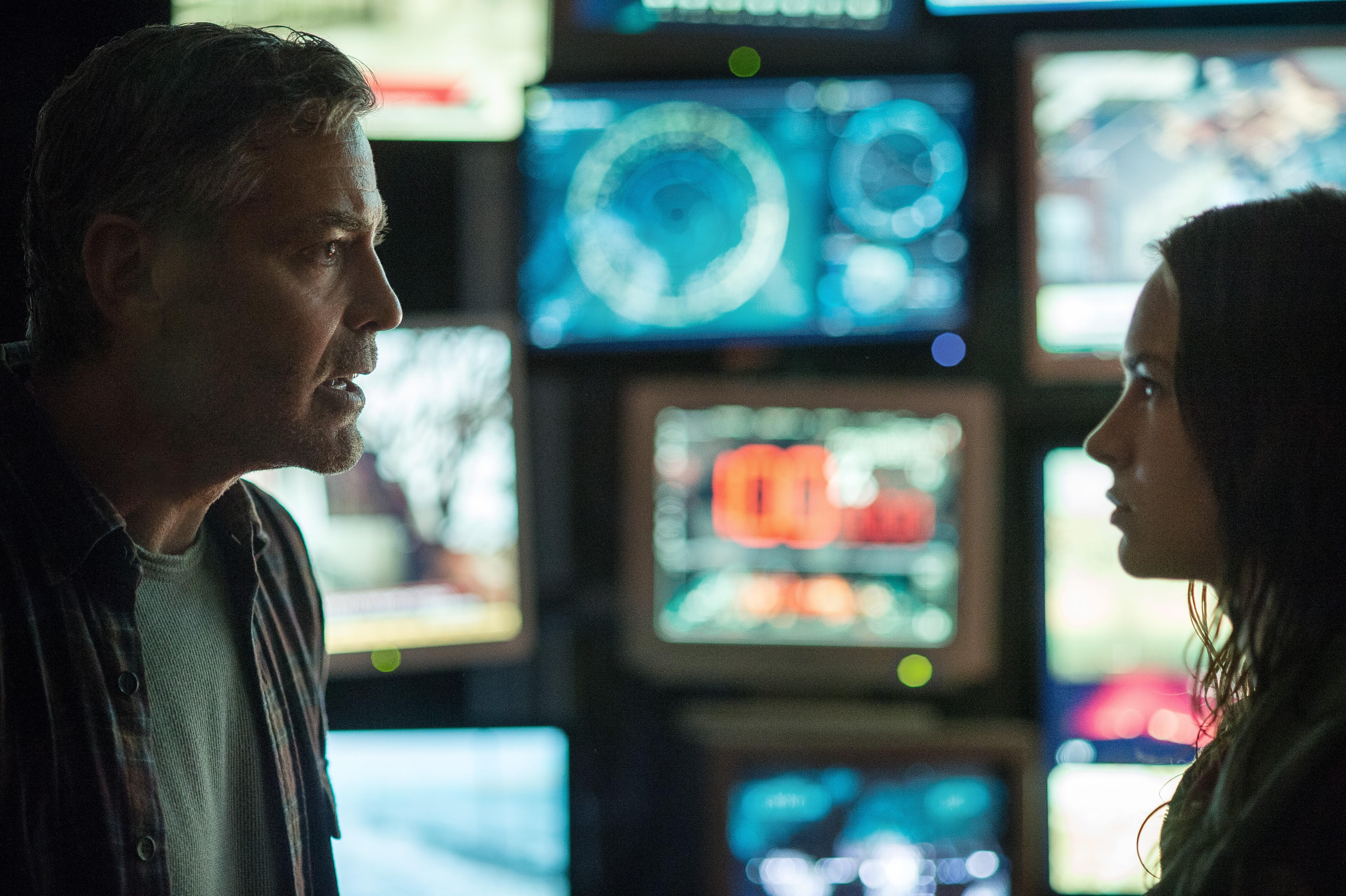 кадры из фильма Земля будущего Джордж Клуни, Бритт Робертсон,