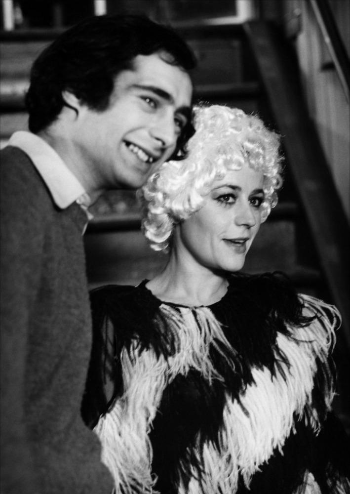 кадры из фильма Эротиссимо, или Как удержать мужа Анни Жирардо, Жерар Пирес,