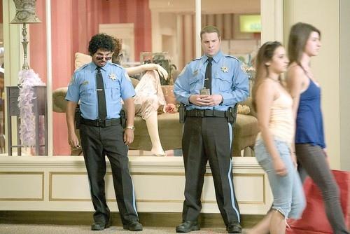 кадры из фильма Типа крутой охранник