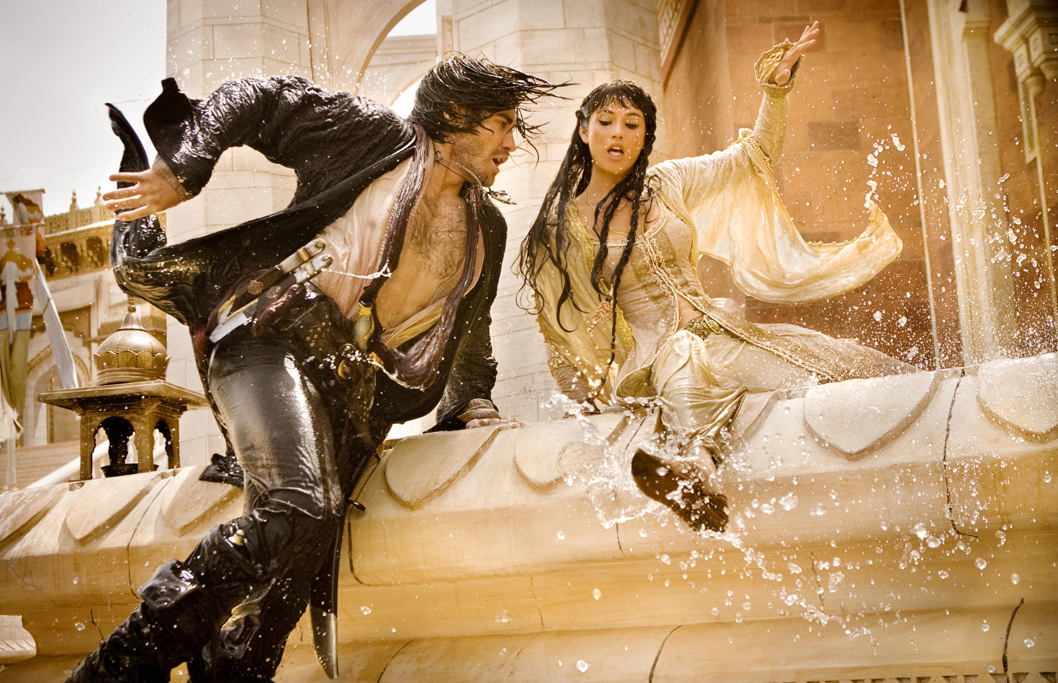 кадры из фильма Принц Персии: Пески времени Джемма Артертон, Джейк Джилленхол,