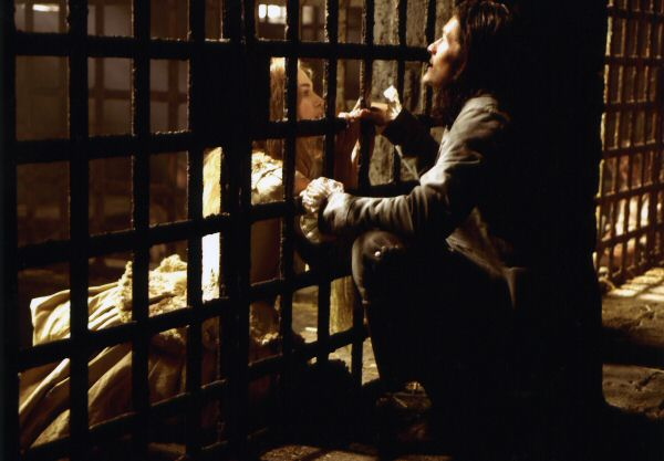 кадры из фильма Пираты Карибского моря: Сундук мертвеца Кира Найтли, Орландо Блум,