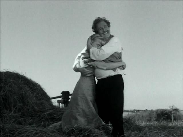 кадры из фильма Улыбки летней ночи