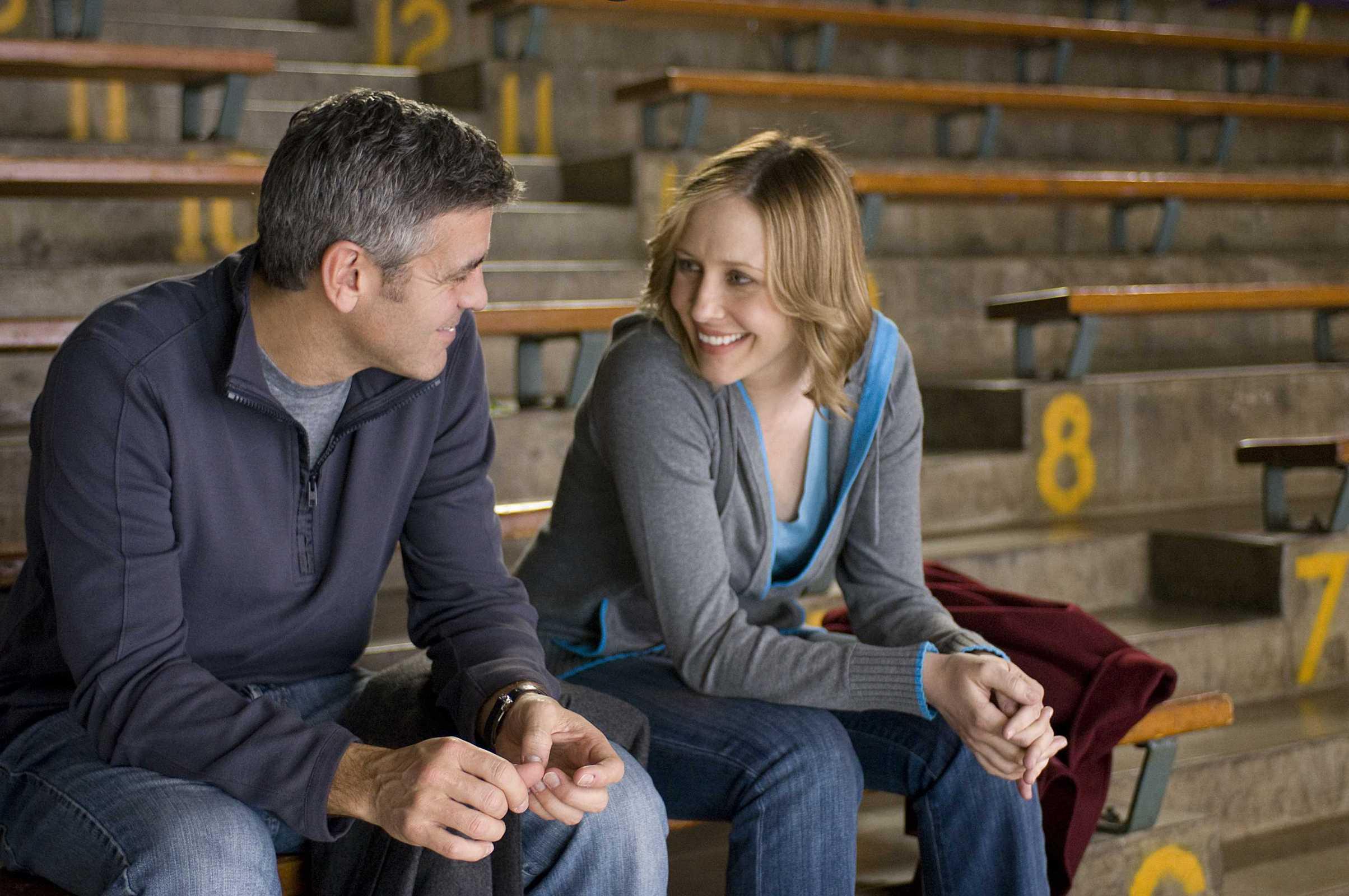 кадры из фильма Мне бы в небо Вера Фармига, Джордж Клуни,