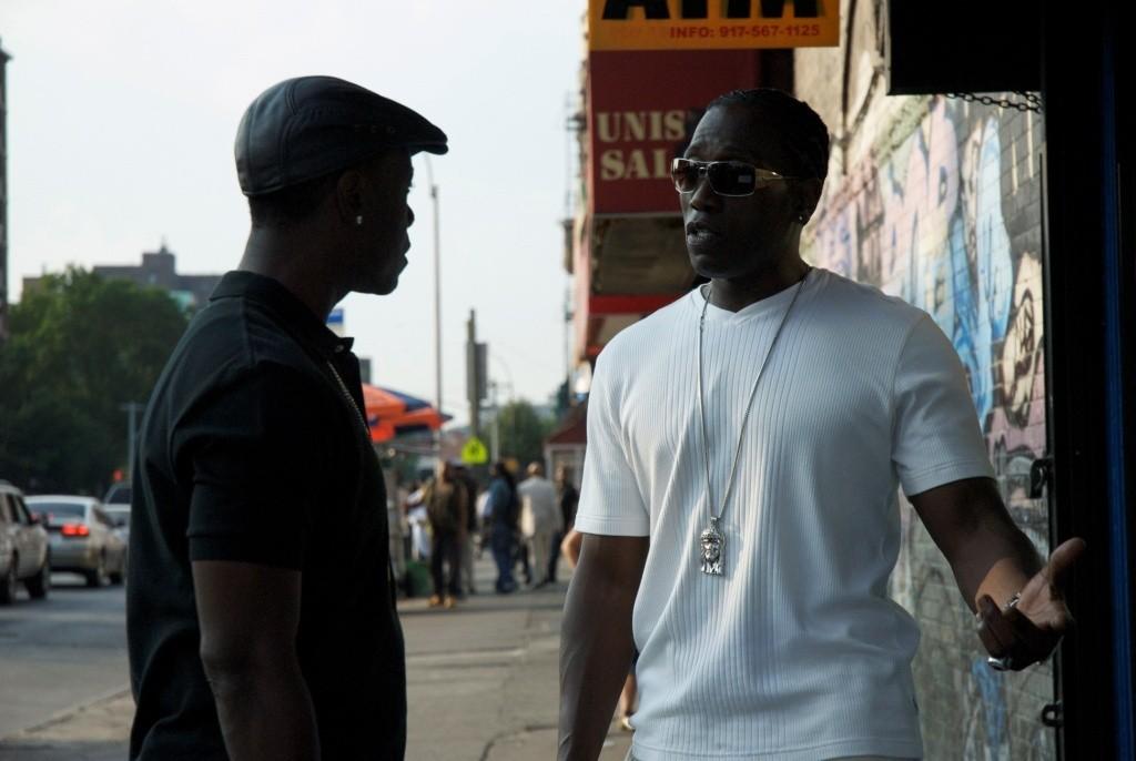 кадры из фильма Бруклинские полицейские Уэсли Снайпс, Дон Чидл,