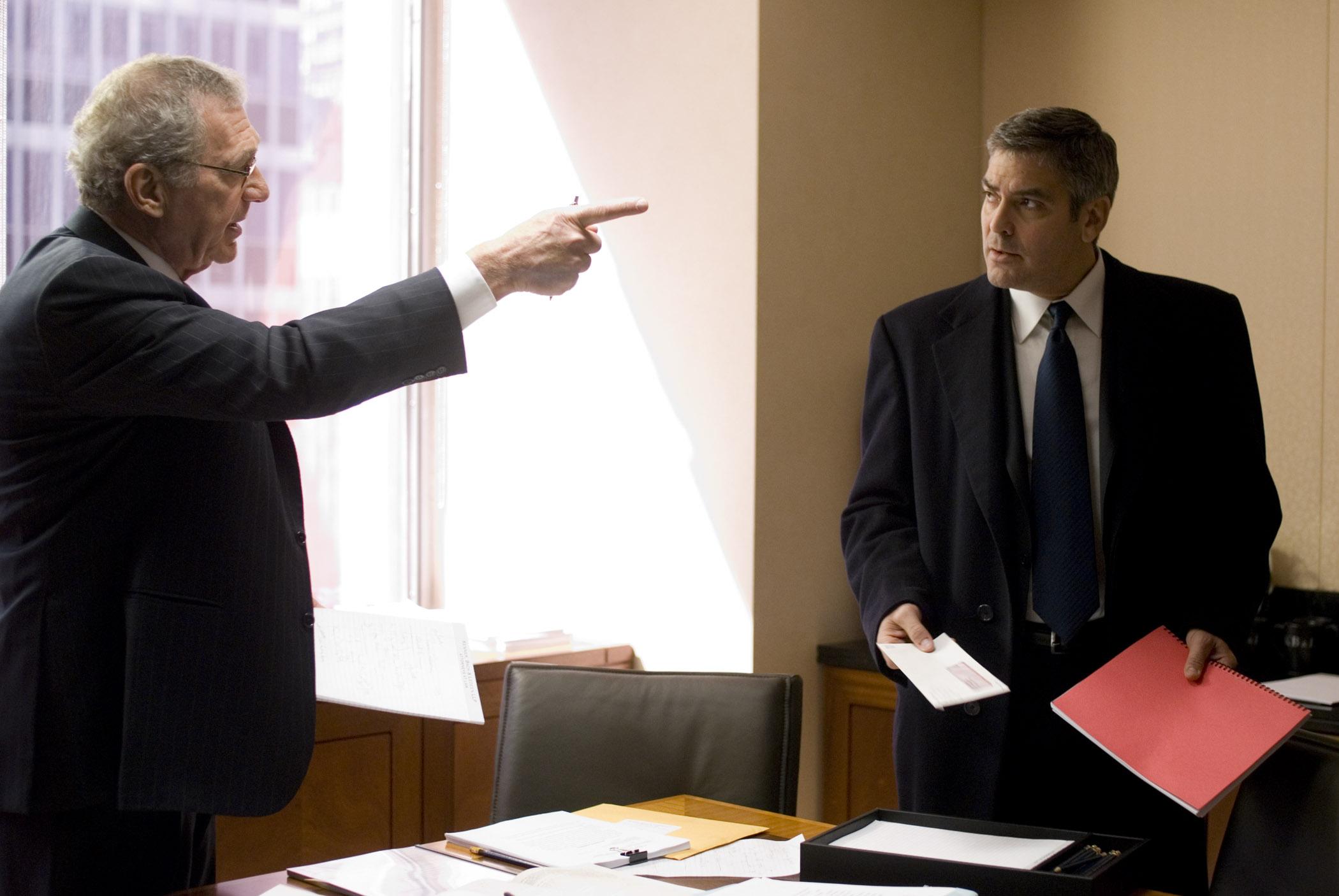 кадры из фильма Майкл Клейтон Сидни Поллак, Джордж Клуни,