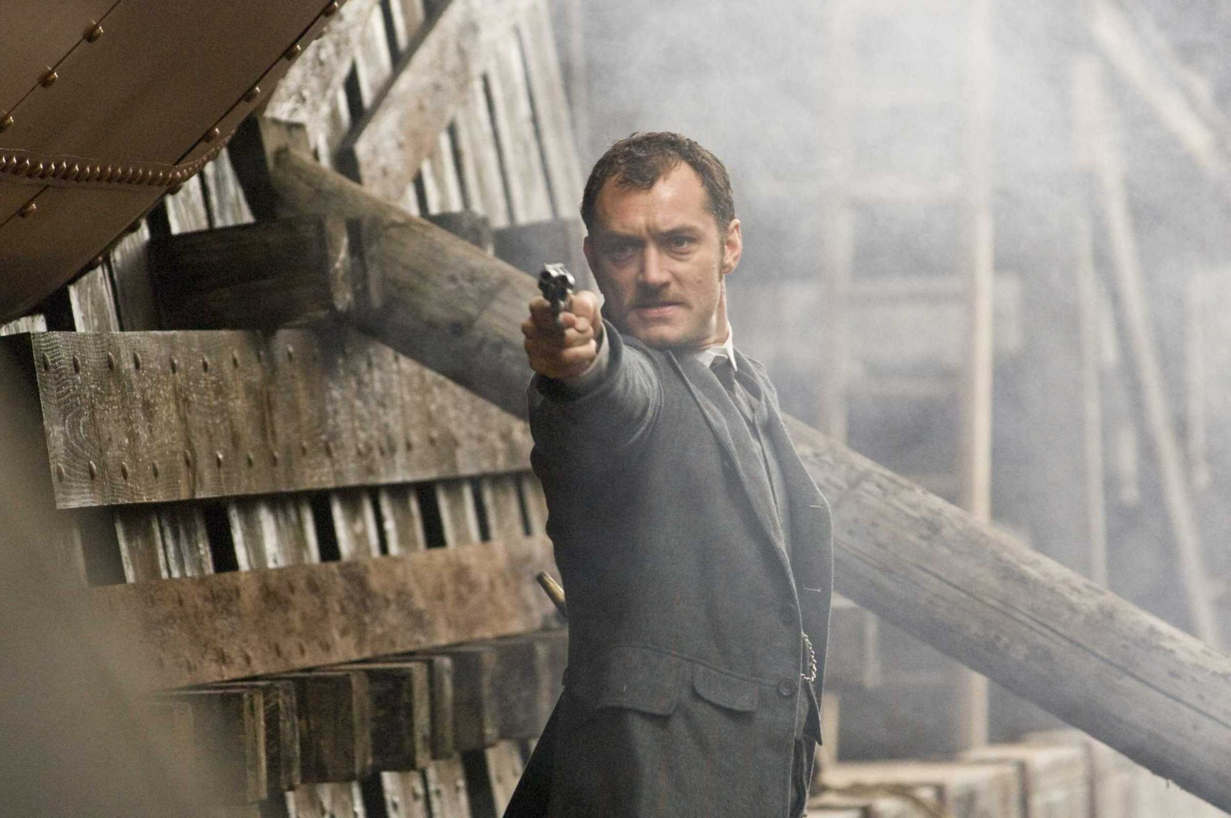 кадры из фильма Шерлок Холмс Джуд Лоу,