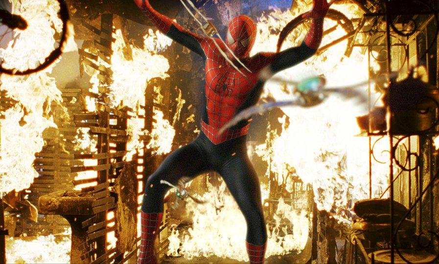 кадры из фильма Человек-паук Тоби Магуайр,