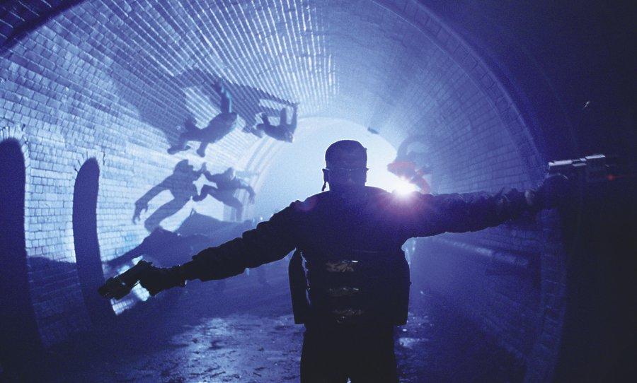 кадры из фильма Блэйд II Уэсли Снайпс,