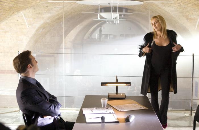 кадры из фильма Основной инстинкт 2 Шэрон Стоун,