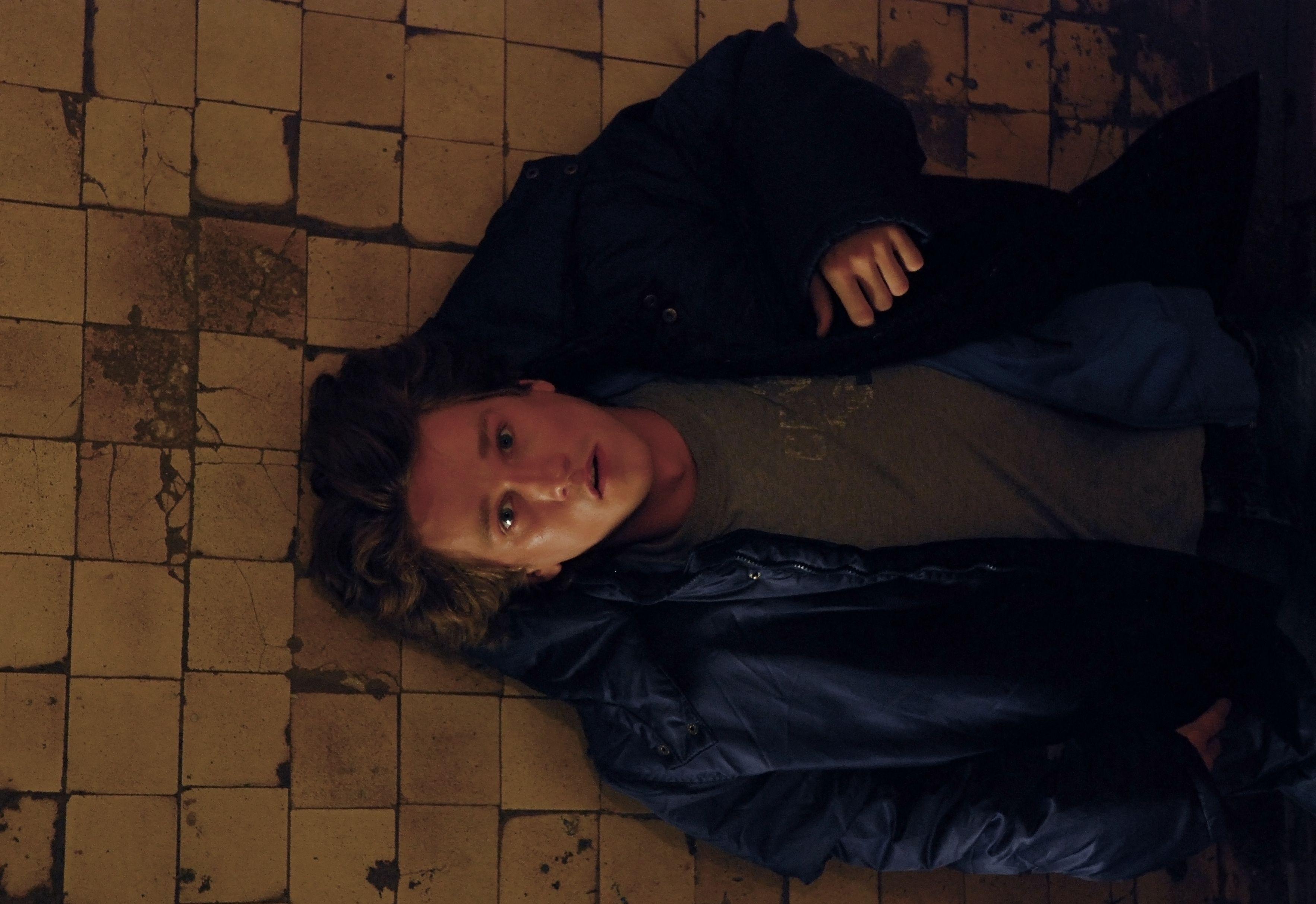 кадры из фильма Поцелуй сквозь стену Антон Шагин,