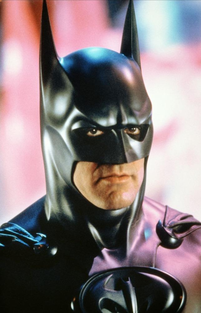 кадры из фильма Бэтмен и Робин Джордж Клуни,