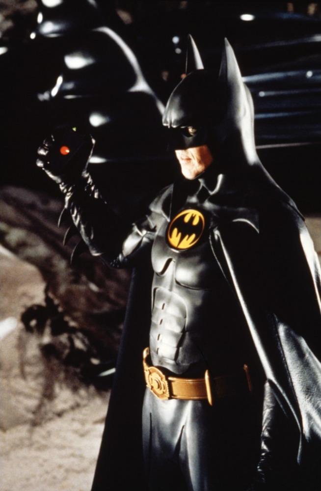 кадры из фильма Бэтмен возвращается Майкл Китон,