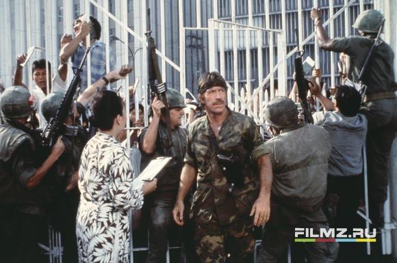 кадры из фильма Брэддок: Пропавшие без вести III Чак Норрис,