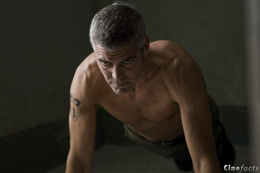 кадры из фильма Американец Джордж Клуни,